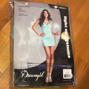 Statue of Liberty Halloween costume size SMALL